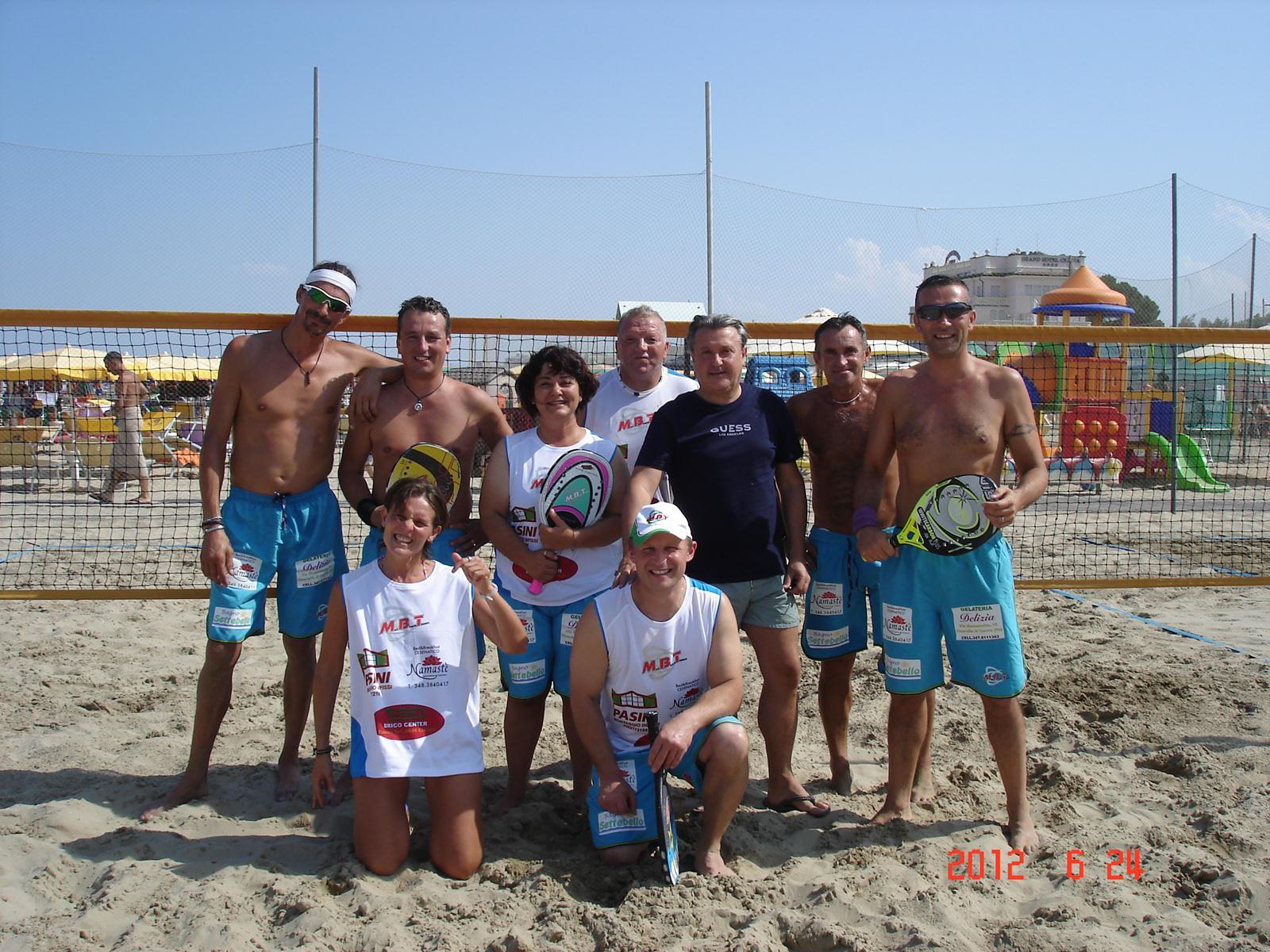 Play ball associazione sportiva dilettantistica beach tennis corsi avviamento e perfezzioanmento - Bagno sara beach pinarella ...